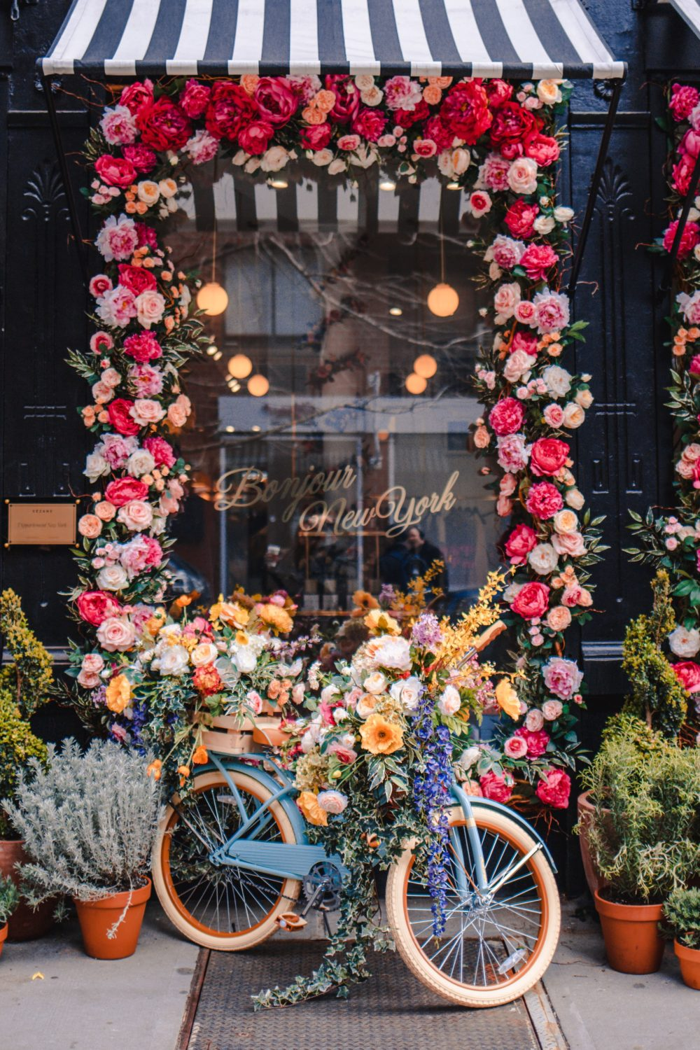 6 Charming Things to do in NYC During Spring: Find Fancy Facades