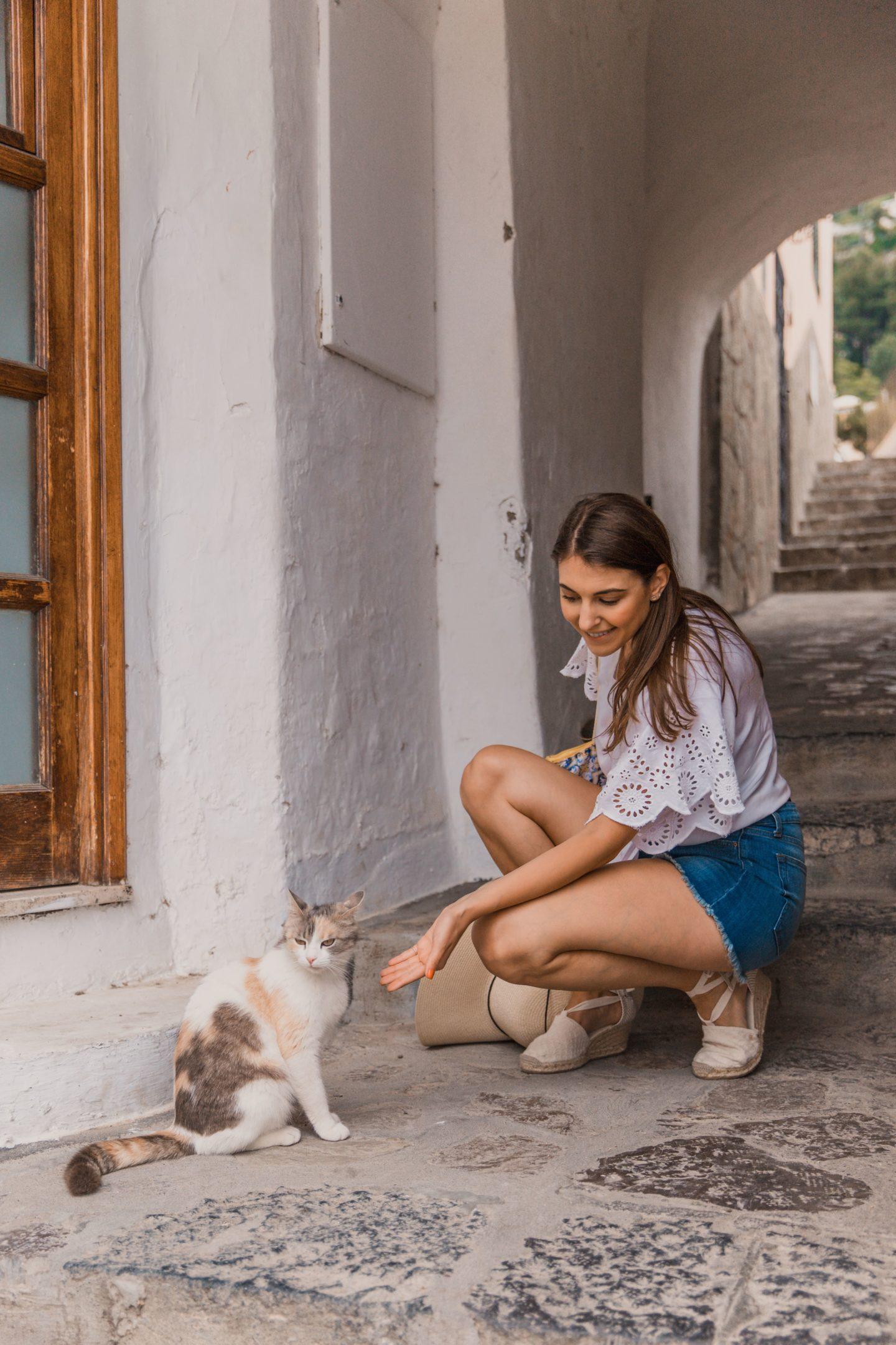 The Best Positano Instagram Shots | 12 Beautiful Shots You Can't Miss: Cats of Positano