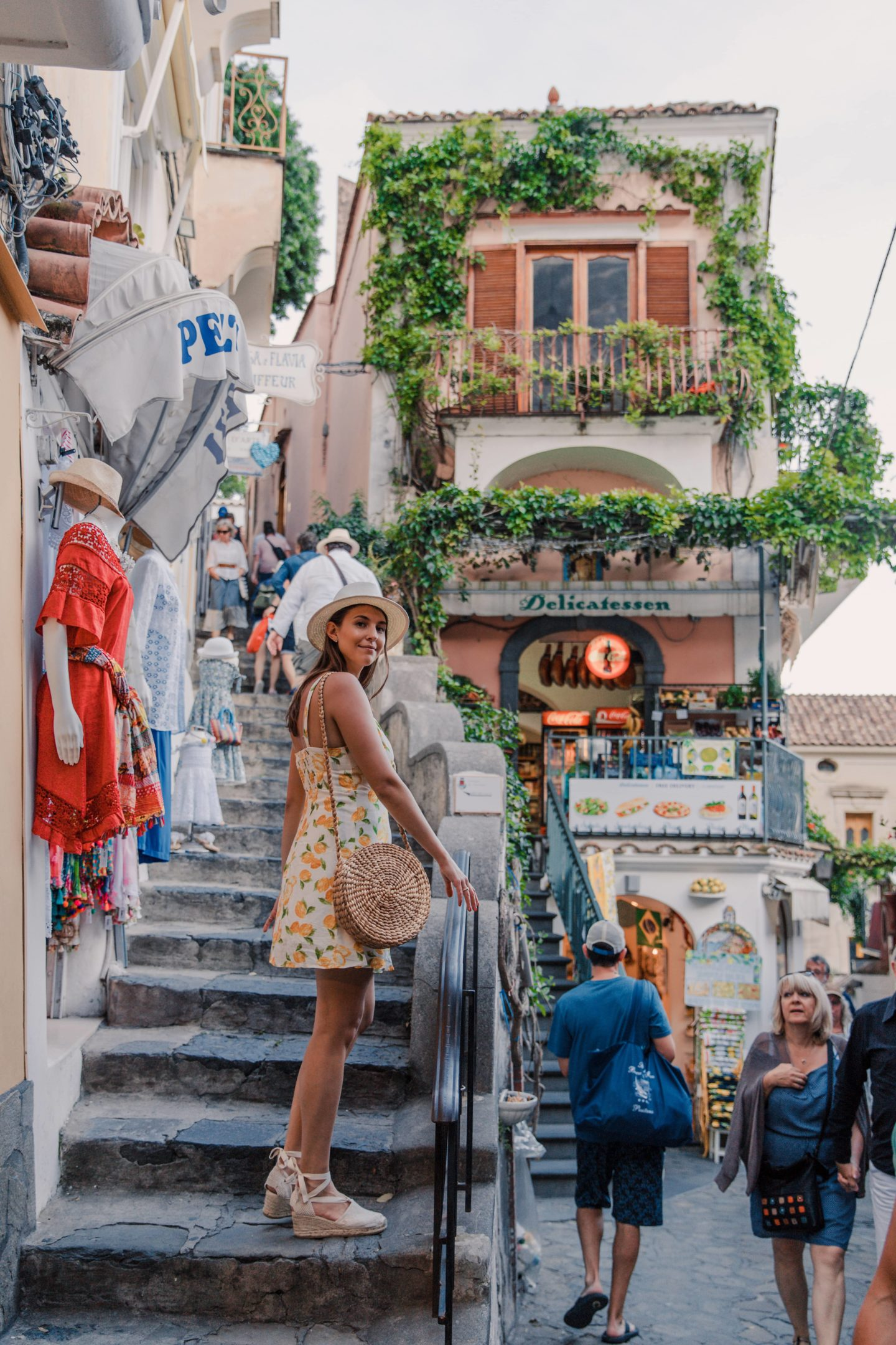 The Best Positano Instagram Shots | 12 Beautiful Shots You Can't Miss: The Deli