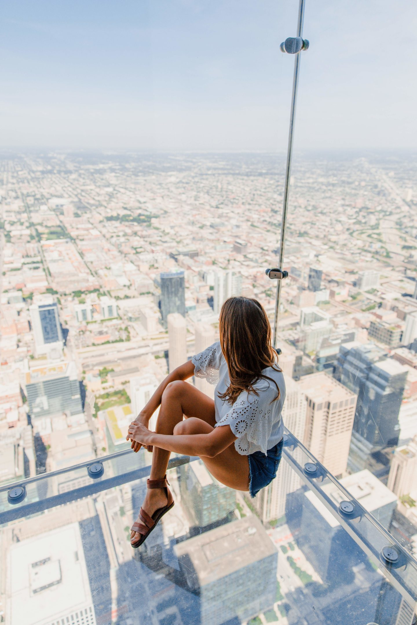 Chicago Travel Guide | What to Do: The Ledge off the Skydeck Chicago