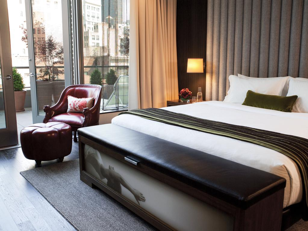 Where to Stay in NYC. Chic Hotels in NYC with a View: Kimpton Hotel Eventi | Dana Berez NYC Hotel Guide
