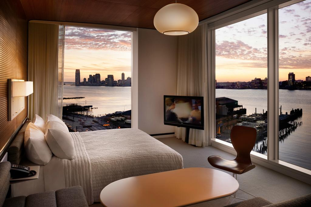 Where to Stay in NYC. Chic Hotels in NYC with a View: The Standard Meatpacking | Dana Berez NYC Hotel Guide
