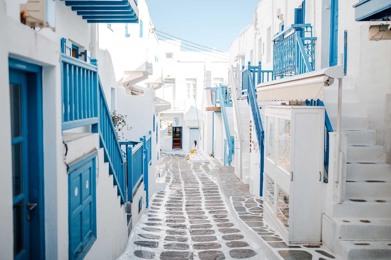 Top Mykonos Instagram Spots You Can't Miss | Mykonos Greece Photography Ideas