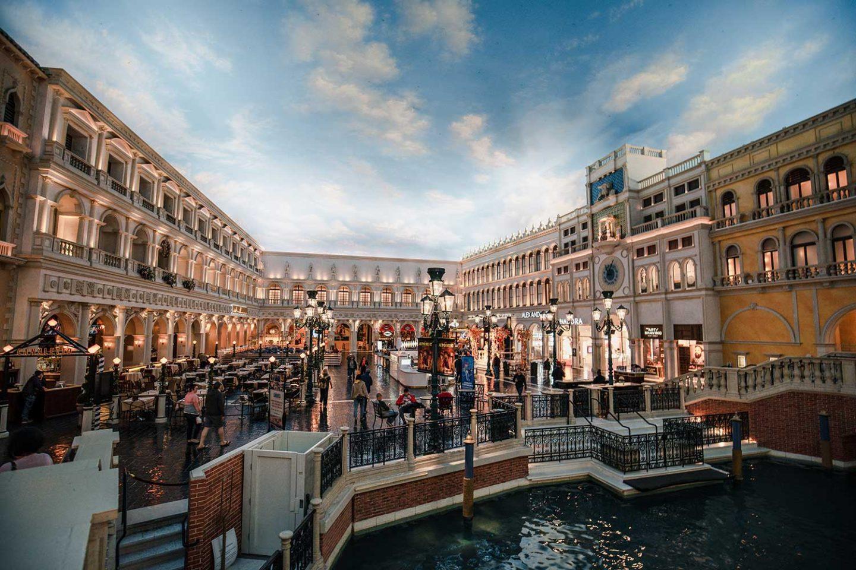 shops in the Venetian hotel Las Vegas