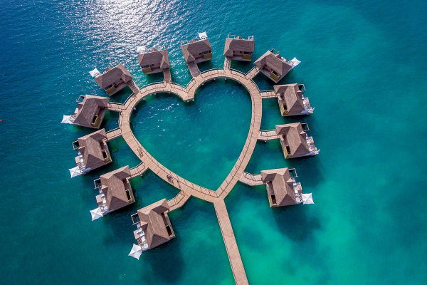 overwater bungalows caribbean