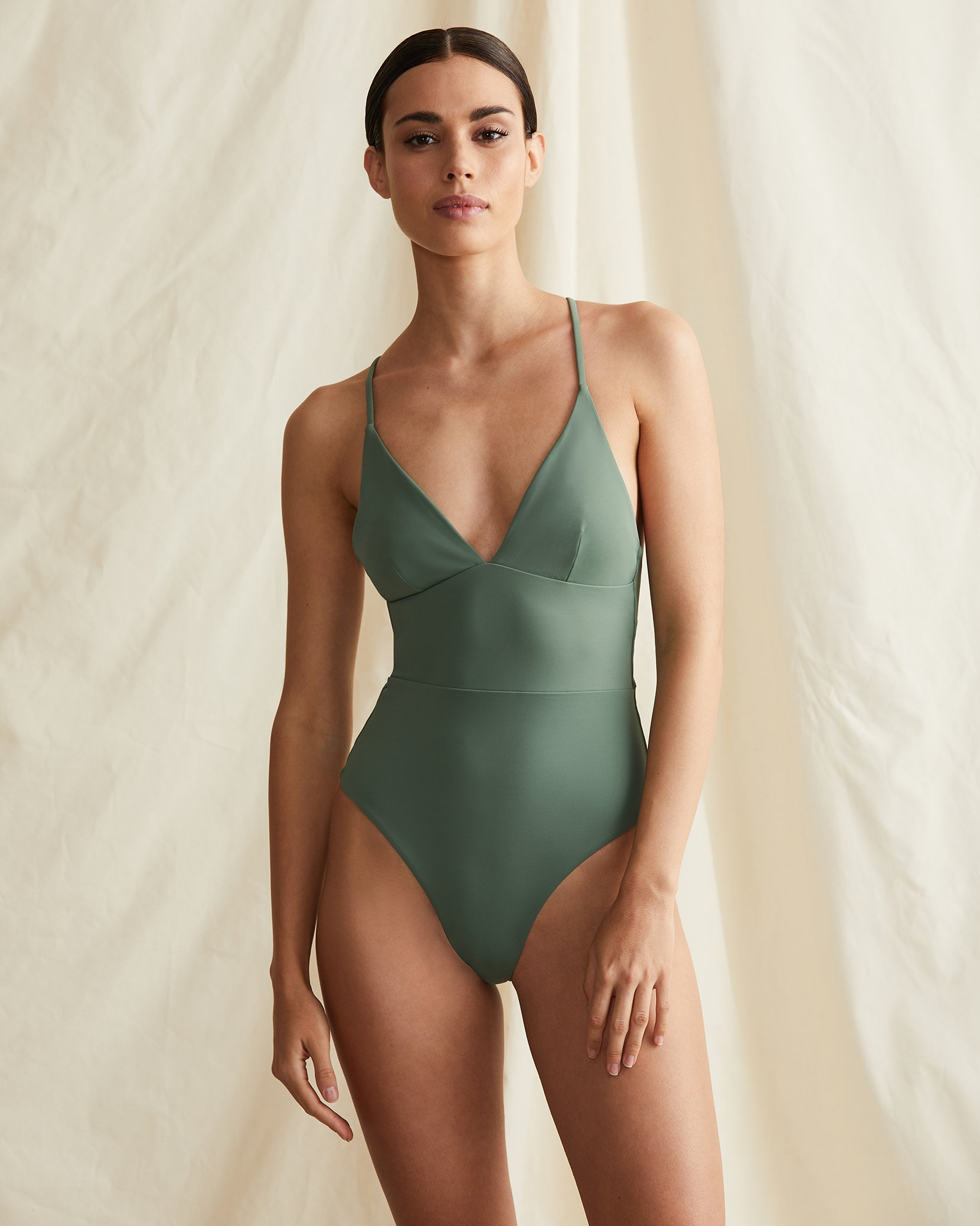 flattering swimsuits